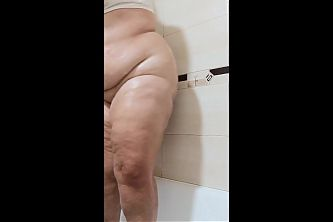 Showering, creaming and jiggling by BBW tits and ass